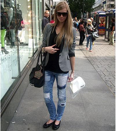 Style Fashion Blog on Fashion Mixology Blog  Street Style From London Fashion Week